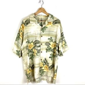 Tommy Bahama Silk Floral Hawaiian Button Up